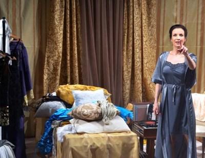 """Яна Маринова в моноспектакъла """"Глас"""", който ще бъде част от програмата."""