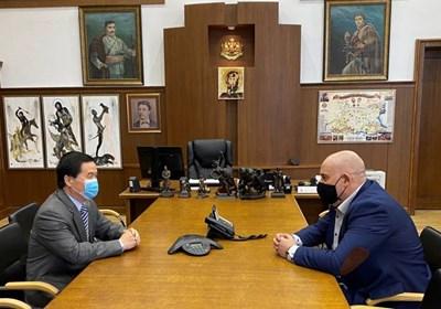 Иван Гешев и китайският посланик обсъдиха мерките срещу COVID-19