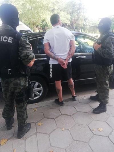 Арестът на Веселин Балтов СНИМКИ: Туитър