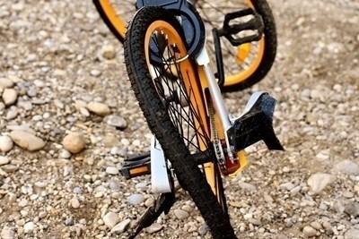 51 дни издирват шофьор, убил велосипедист в столицата