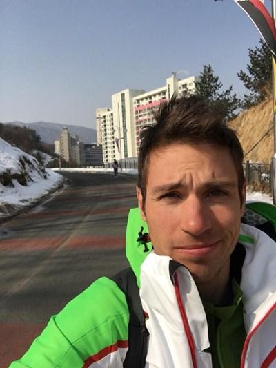 Радослав Янков се снима с хотелите в курорта Финикс.