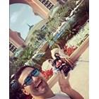 Орлин Павлов със семейството си на почивка в Дубай