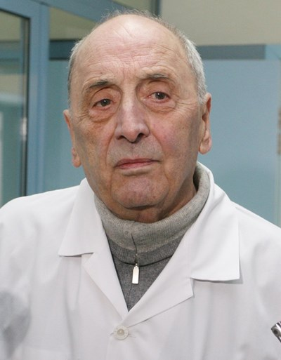 Проф. Драган Бобев