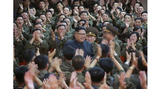 Ким Чен Ун уволни трима топвоенни, контраразузнавач №1 избяга