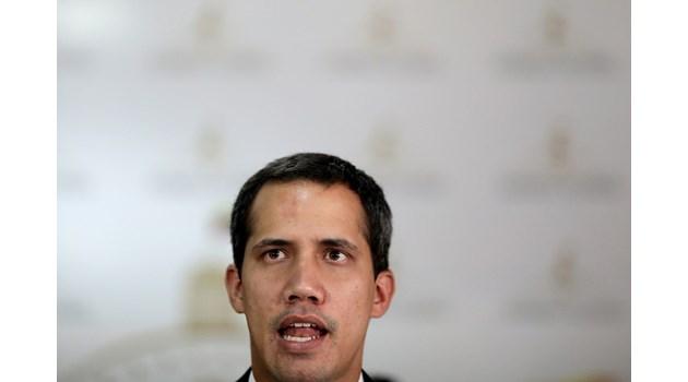 Хуан Гуайдо: Режимът вече не може да разчита на военните, в армията има недоволство