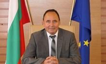 Зам.-министър Иванов: Само ако всички спазват мерките, може да спрем заболяването