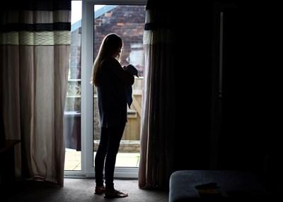 Жертвите на домашно насилие често трудно разпознават признаците на контролиращо поведение. СНИМКА: РОЙТЕРС