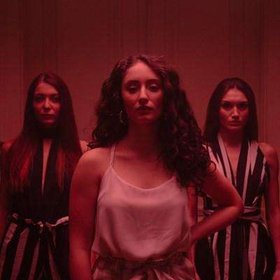 Дъщерята на Саня Армутлиева във видеото към дебютната си песен СНИМКА: Личен архив