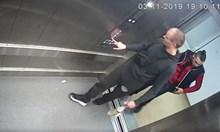 Задържаха вандалите, обрали болничен асансьор (Видео)