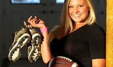 Американски футбол за красавици по бельо