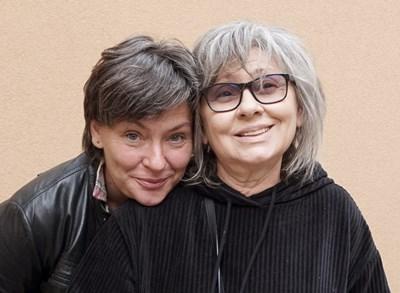 Надежда Косева и майка й арх.  Радина Гешева СНИМКА: Десислава Кулелиева