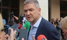 Виж съобщенията между Пламен Бобоков и президента. Бизнесменът твърди, че няма номера на Радев
