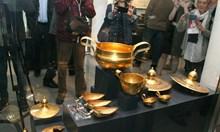 Рязали с лозарски ножици Вълчитрънското съкровище да правят златни зъби (Снимки)