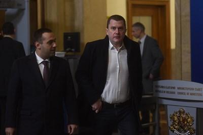 Емил Караниколов и кметът на Перник Станислав Владимиров СНИМКИ: Велислав Николов