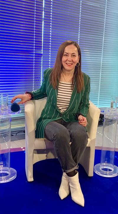 Мария Стоянова в студиото на немската телевизия MRD СНИМКА: Личен архив