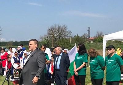 Емил Радев в село Бранище СНИМКИ: пресцентърът на ГЕРБ