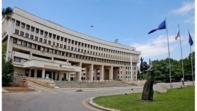 България пита Великобритания защо остава карантината за българите
