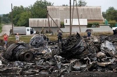 Самолетът бе свален от ракета на 17 юли 2014 г. Снимка РОЙТЕРС