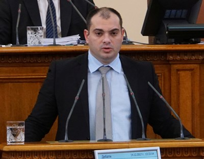 Депутатът Филип Попов направи сериозен сигнал от фалшиви новини.