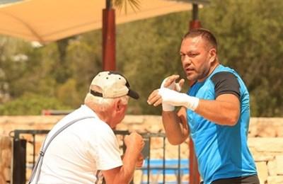 Кубрат с треньора Ули Вегнер СНИМКА: инстаграм/kubratpulev