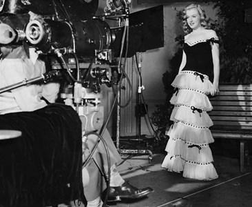 Мерилин Монро на първата си работа във филмовата индустрия, 11.06.1947
