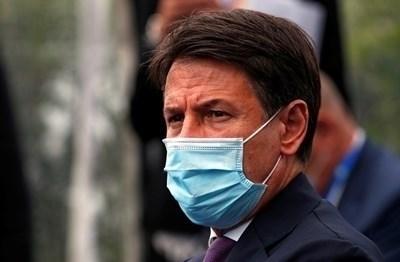 Италианският премиер Джузепе Конте СНИМКА: Ройтерс