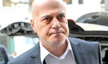 Бащата на Христо Иванов е бил член на БКП. Майка му също, а и е държала пламенна реч в защита на Ахмед Доган