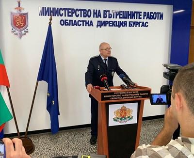 Комисар Неделчо Рачев обявява охранителните мерки по баловете.