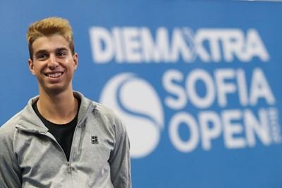 Адриан Андреев преди дебютното си участие в основната схема на АТП турнир. СНИМКА: LAP.BG