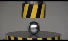 Експерименти с хидравлична преса