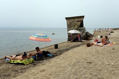 Плажовете край Солун СНИМКА: РОЙТЕРС