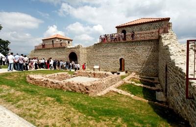 Само за две години крепостта е песетена от над 1,3 млн. туристи.