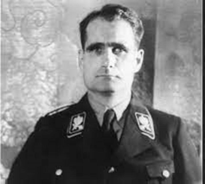 Рудолф Хес, първи заместник на фюрера на Третия рай Адолф Хитлер