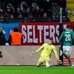 Серж Гнабри оформя хеттрика си срещу Северна Ирландия в последната евроквалификация на бундестима. Така той има 13 гола в 13 мача за Германия. Преди него това бе постигал само легендарният Герд Мюлер.