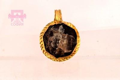 """Златен медальон от късноантичния некропол в кв. """"Лозенец"""""""