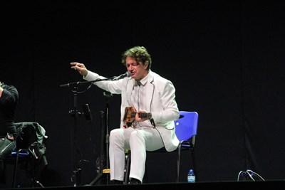 Сръбската звезда изпълни песни от най-новия си проект, посветен на Балканите, и популярни стари хитове.
