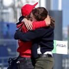 Майка в Дания посреща своята дъщеря, която е била блокирана в друга държава заради епидемията.