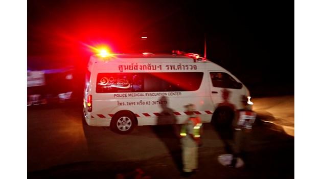 Хепиенд: Спасиха всички деца и треньора им от пещерата в Тайланд