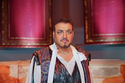 Последната изява на Камен Чанев на сцената на Старозагорската опера бе на 6 ноември т.г. - тогава той изпълни ролята на Отело в едноименната опера на Джузепе Верди. Снимка: Архив на Старозагорската опера