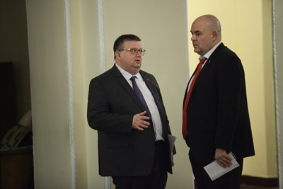 Ако наследи Сотир Цацаров, Иван Гешев обещава да надгражда и променя прокуратурата. СНИМКА: Йордан Симeонов