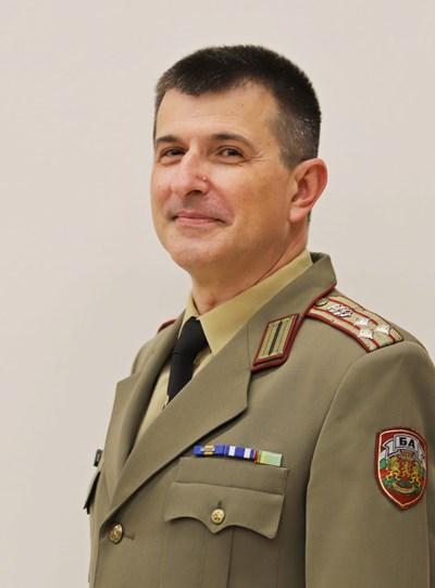 Полк. доц. Иван Попиванов СНИМКА: ВМА