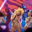 """Тейлър Суифт подобри рекорд на Уитни Хюстън в класацията на """"Билборд"""""""