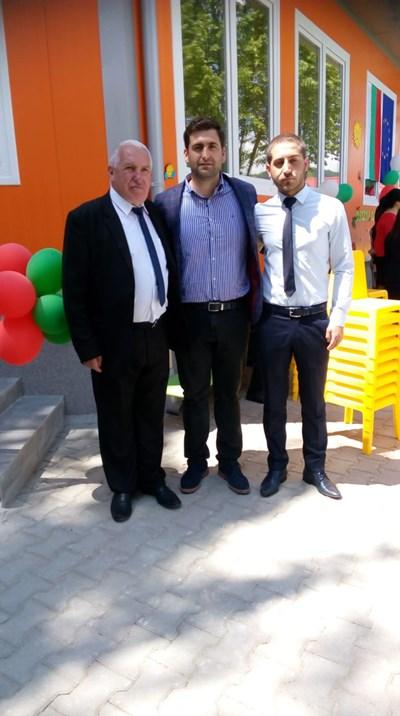Андрей Новаков на откриването на детска градина в село Драгиново СНИМКИ: пресцентърът на ГЕРБ