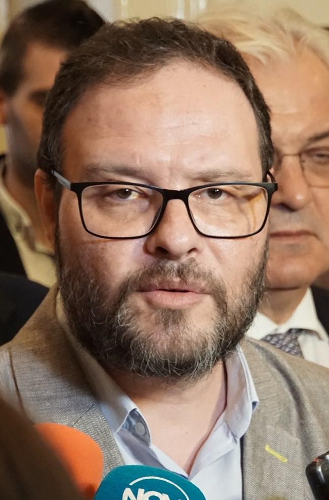 Десислав Чуколов