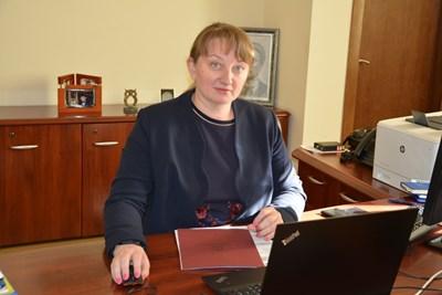 Деница Сачева отговори на въпроси по време на онлайн форума.