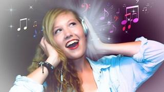 Какво ни казват тайните послания в песните