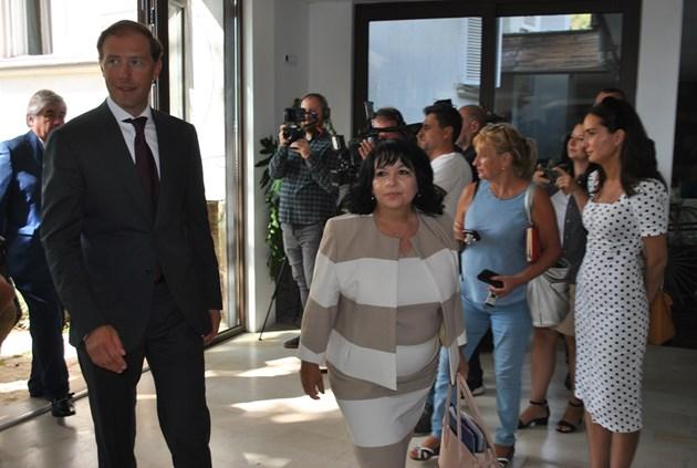 Теменужка Петкова обяви край на шпионския скандал с Русия (Обновена)