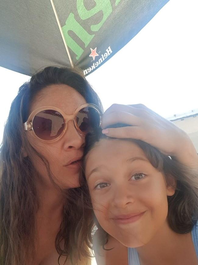 Мариана Попова заедно с дъщеря си Мария Магдалена в Лозенец