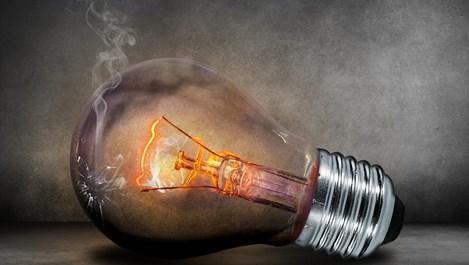 8 неща, които не бива да правим, когато изгасне токът