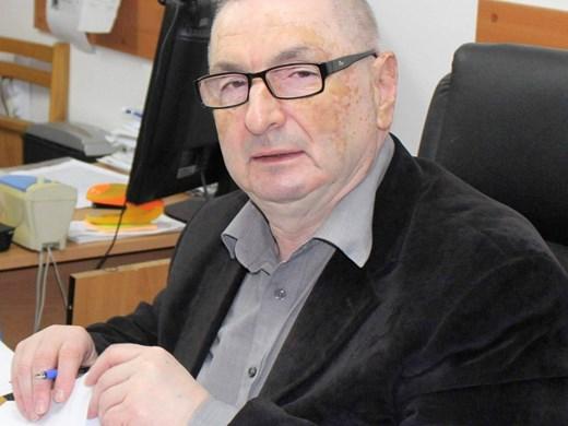 Трагедия във Варна: Ковид покоси цяло семейство, топадвокат търси помощ за сина си
